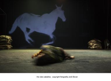Foto de Jordi Bover do espetáculo He visto caballos