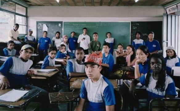 Escola Estadual Nossa Senhora do Belo Ramos Clasroom Portraits de Julian Germain